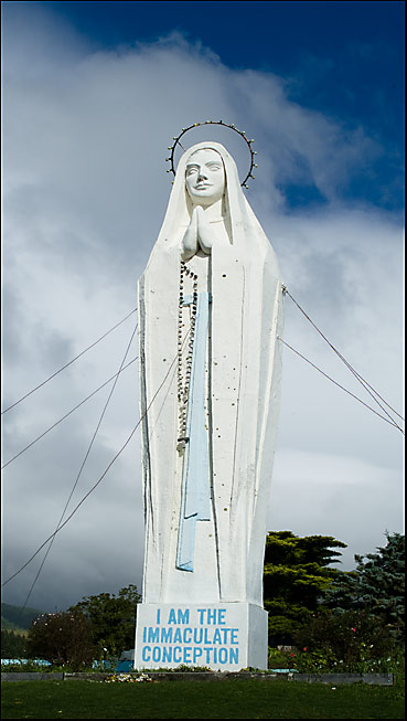 Our Lady of Lourdes hangs out in Paraparaumu